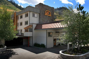 squaw valley ski resort ski in and out  hotels